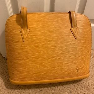 Authentic Louis Vuitton epi lussac jaune